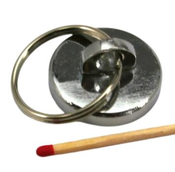 Topfmagnet Ø28,5 mm mit Öse und Schlüsselring